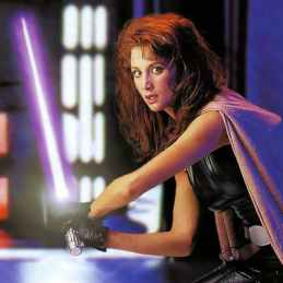 shannon-mcrandle-as-mara-jade-in-the-year-2000-for-the-the-lucasfilm-approved-star-wars-customizable